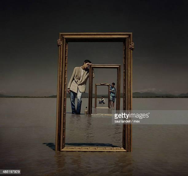 un imposible espacio de reflejos - mirror frame stock photos and pictures
