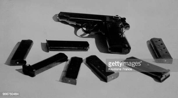 Un pistolet automatique Walther PP 1929 avec ses chargeurs trouvés sur Kalemen l'assassin du roi Alexandre 1er de Yougoslvaie et Louis Barthou à...