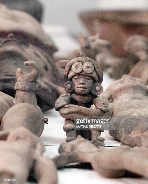 Una estatuilla prehispanica se encuentra dentro de las 365 piezas catalogadas como autenticas y que fueron mostradas a la prensa 05 de Octubre en una...
