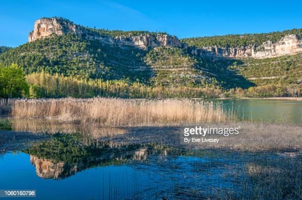 una lagoon - cuenca provincia de cuenca fotografías e imágenes de stock