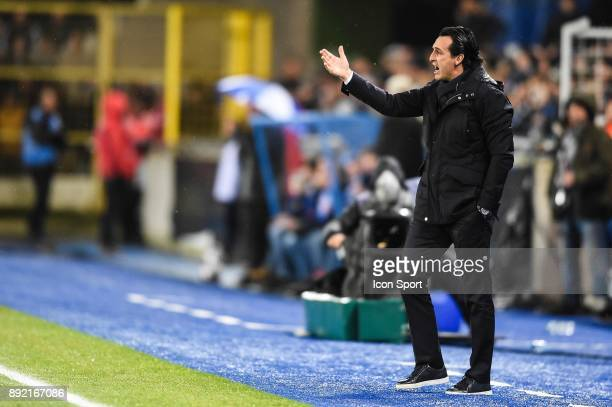 Unai Emery head coach of PSG during the french League Cup match Round of 16 between Strasbourg and Paris Saint Germain on December 13 2017 in...