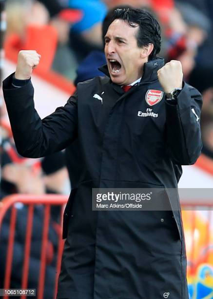 Unai Emery manager of Arsenal celebrates the opening goal during the Premier League match between AFC Bournemouth and Arsenal FC at Vitality Stadium...