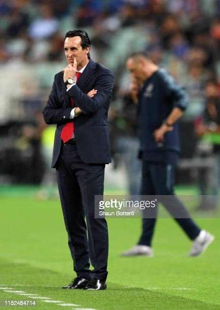 Unai Emery, Manager of Arsenal looks dejected during the UEFA Europa League Final between Chelsea and Arsenal at Baku Olimpiya Stadionu on May 29,...