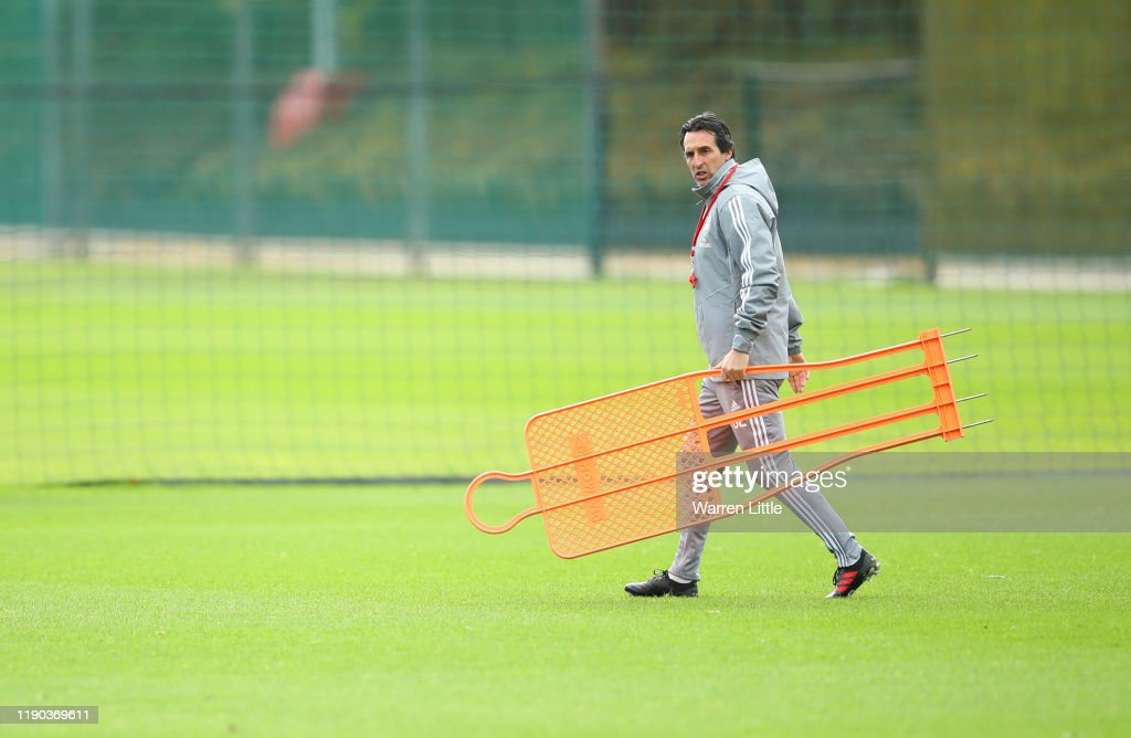 Arsenal Training & Press Conference : News Photo