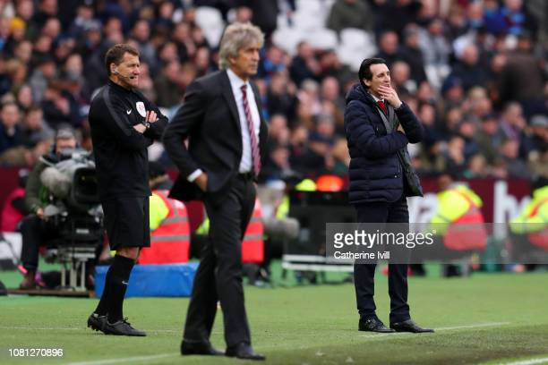 Unai Emery Manager of Arsenal looks on during the Premier League match between West Ham United and Arsenal FC at London Stadium on January 12 2019 in...