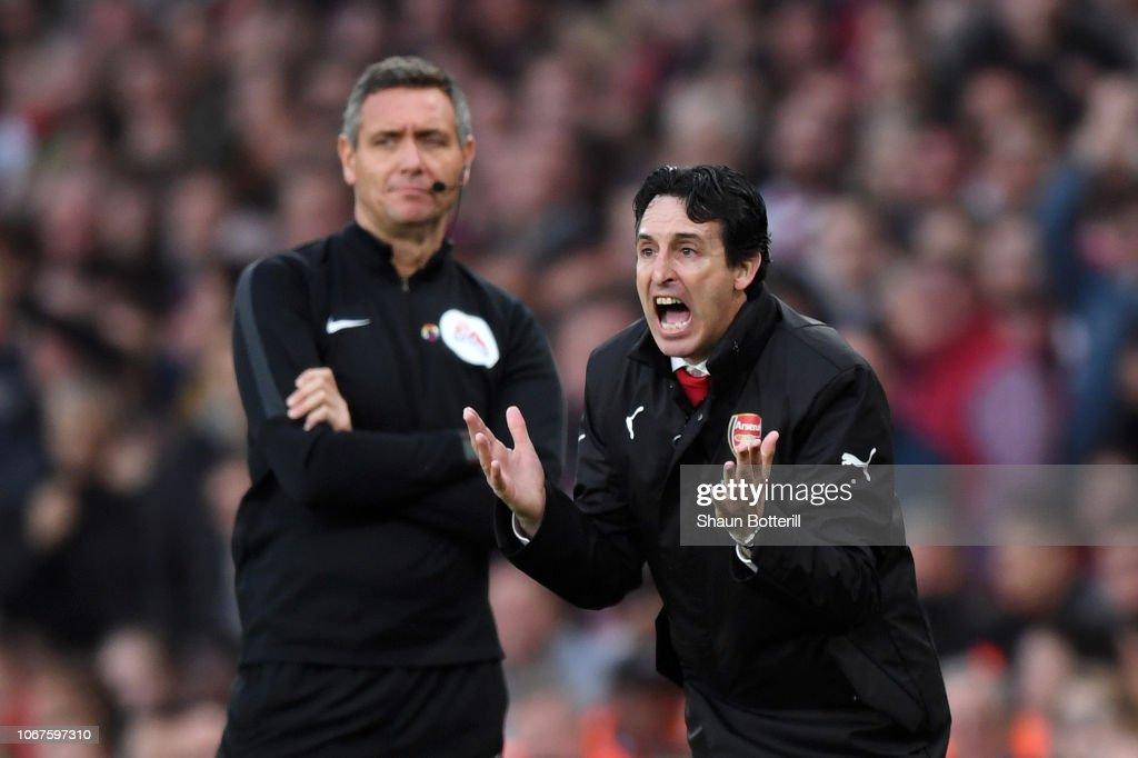 Arsenal FC v Tottenham Hotspur - Premier League : Nachrichtenfoto