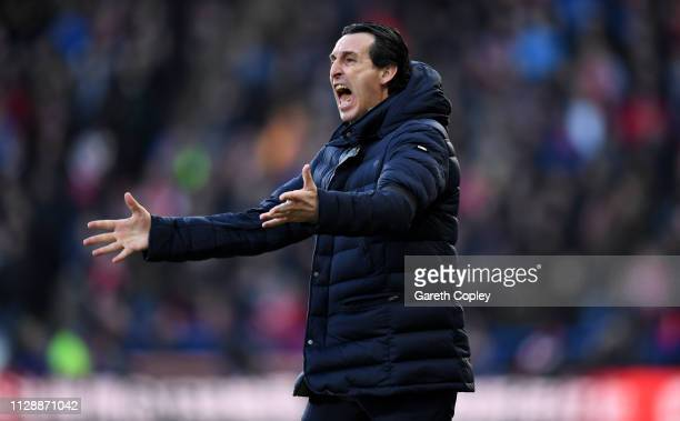 Unai Emery Manager of Arsenal reacts during the Premier League match between Huddersfield Town and Arsenal FC at John Smith's Stadium on February 09...