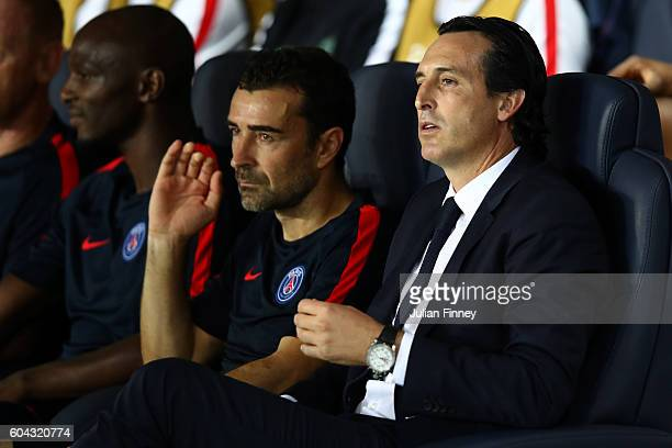 Unai Emery manager of PSG looks on during the UEFA Champions League Group A match between Paris SaintGermain and Arsenal FC at Parc des Princes on...