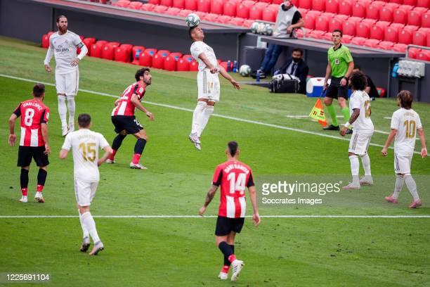 Unai Lopez of Athletic Bilbao Sergio Ramos of Real Madrid Fede Valverde of Real Madrid Raul Garcia of Athletic Bilbao Casemiro of Real Madrid Dani...