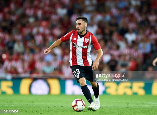 Unai Lopez of Athletic Club in action during the La Liga match between Athletic Club Bilbao and Villarreal CF at San Mames Stadium on September 26...