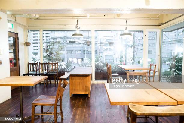 unattended cafe - カフェ ストックフォトと画像