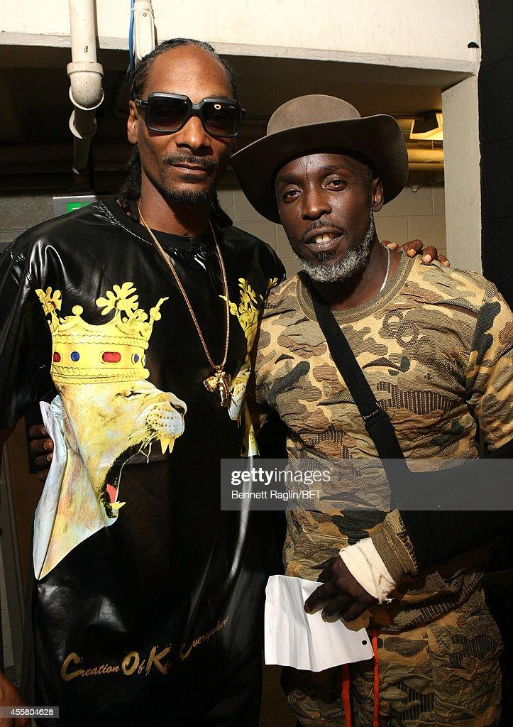 Uncle Snoop and Michael K. Williams pose backstage the BET Hip Hop Awards 2014 presented by Sprite at Boisfeuillet Jones Atlanta Civic Center on September 20, 2014 in Atlanta, Georgia.
