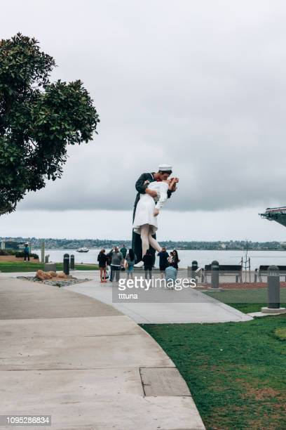 unconditional surrender statue in san diego, tourism travel destination - us army urban warfare stock photos and pictures