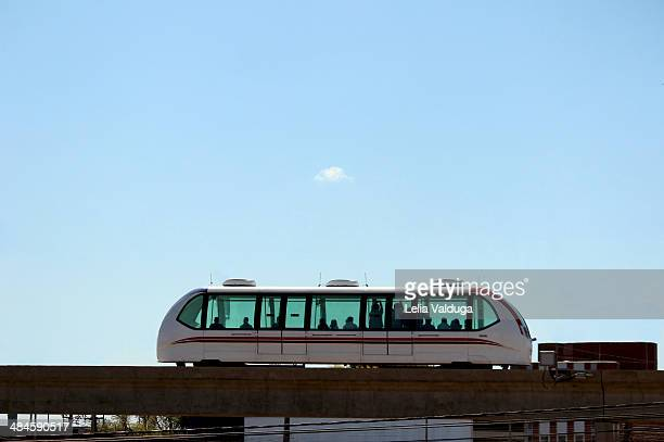 unconventional means of transport! brazil - monorail stock pictures, royalty-free photos & images