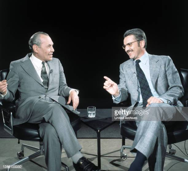 Und HERBERT ROSENDORFER diskutieren über das Thema: 'Was ist eigentlich Kafkaesk?', Sendung im ZDF, Mai 1975.