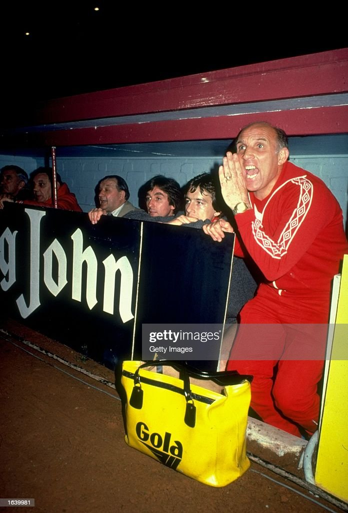 Liverpool Coach Ronnie Moran (right) shouts out his orders from the Liverpool bench during a match. \ Mandatory Credit: Allsport UK /Allsport