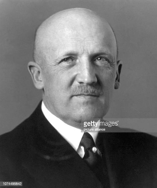 Undated picture of German general and politician Kurt von Schleicher Kurt von Schleicher was born on the 7th of April in 1882 in Brandenburg/Havel He...