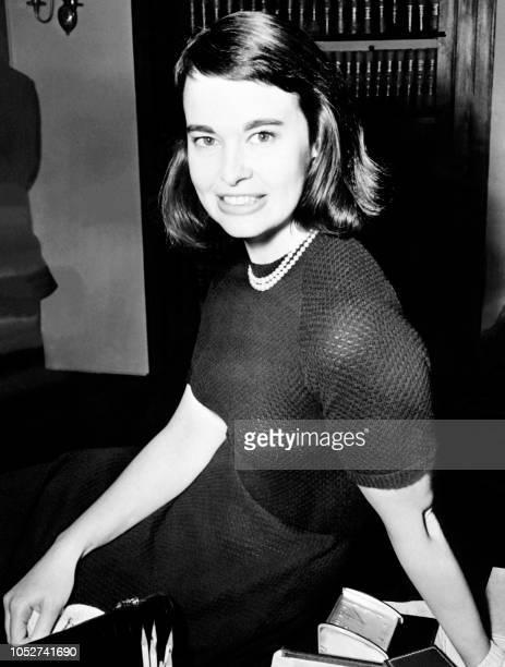 Undated portrait shows US actress and fashion designer Gloria Vanderbilt. / France ONLY