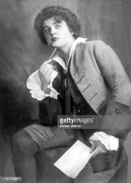 Undatierte Aufnahme der weltberühmten Sopranistin Lotte Lehmann wurde am 27 Februar 1888 in Perleburg geboren Nach ihrer Gesangsausbildung folgte...