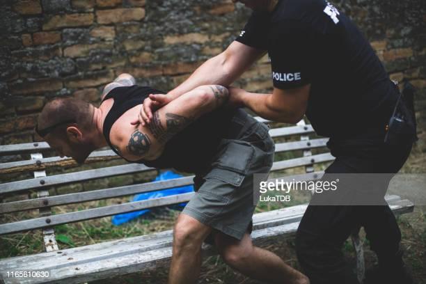 逮捕中 - 犯罪者 ストックフォトと画像