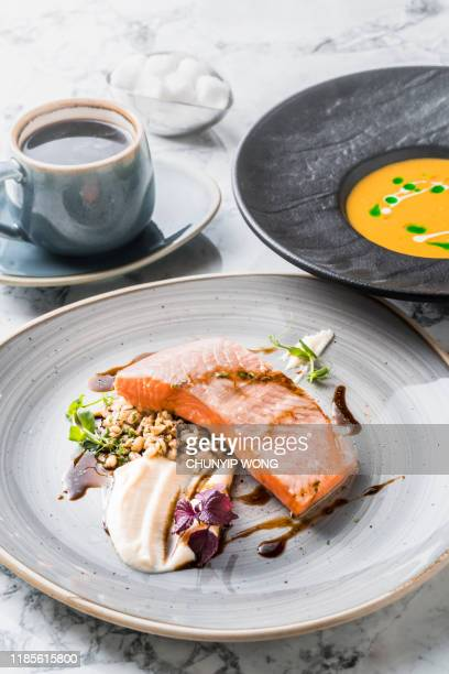 under bide salmon fillet - dolphin fish stock pictures, royalty-free photos & images