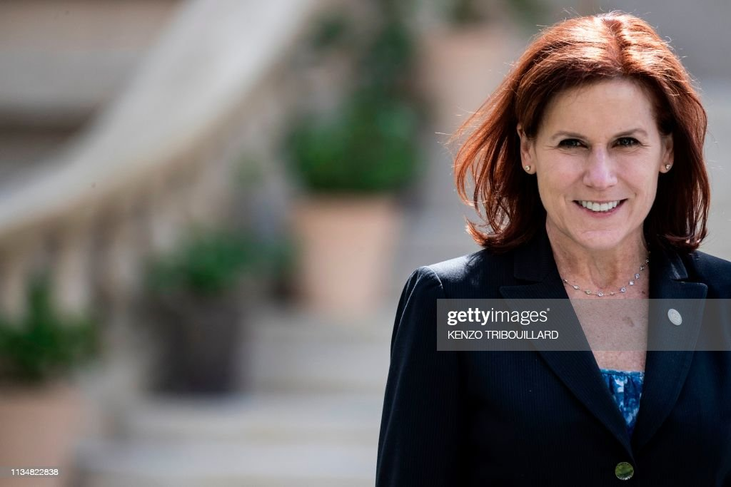 FRANCE-DIPLOMACY-POLITICS-GOVERNMENT-G7 : News Photo