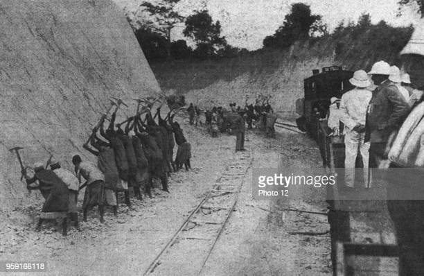 Under the eye of the Germans coloured people work at the railway construction in Tanzania 1910