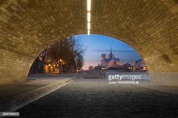 Under the Pont de la Tournelle, Paris