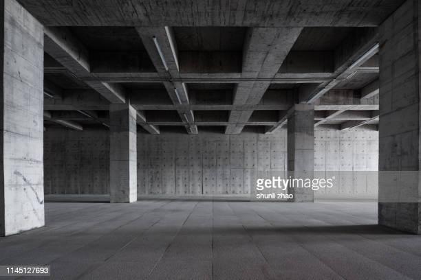 underground parking lot - unterirdisch stock-fotos und bilder