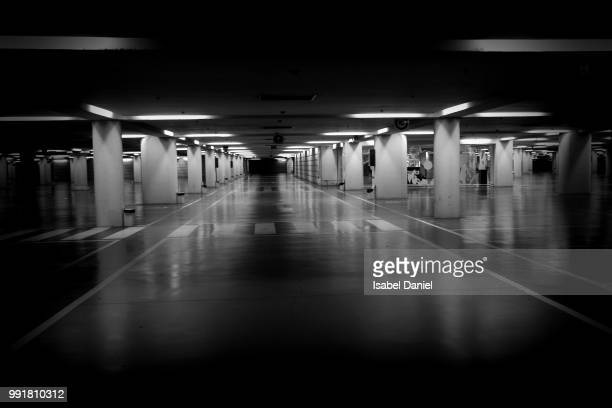 underground - parking garage stock pictures, royalty-free photos & images