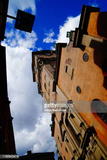 underneath the stockholm cathedral, gamla stan, stockholm, sweden - stockholm cathedral stock pictures, royalty-free photos & images