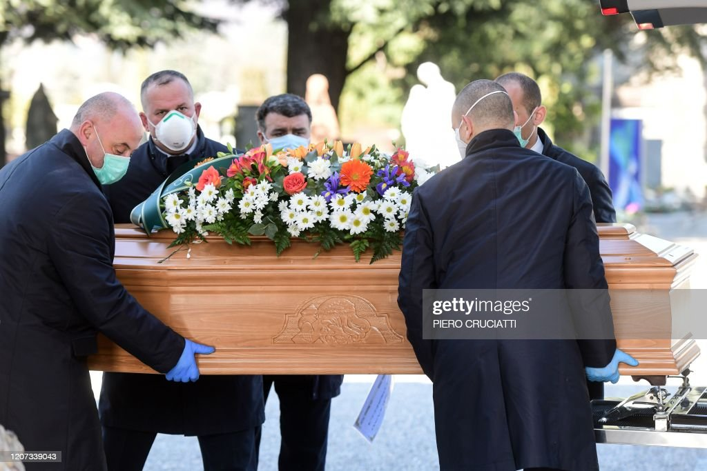 ITALY-HEALTH-VIRUS-FUNERAL : News Photo