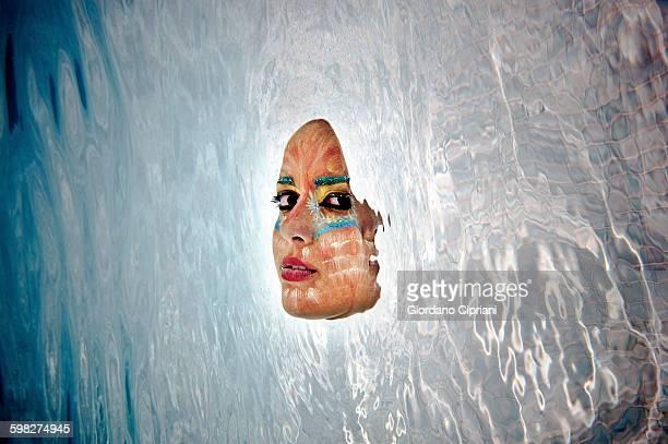 underwater beauty - beeldmanipulatie stockfoto's en -beelden