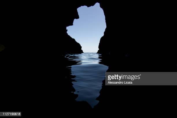underwater cave with the visual backdrop - terreno accidentato ストックフォトと画像