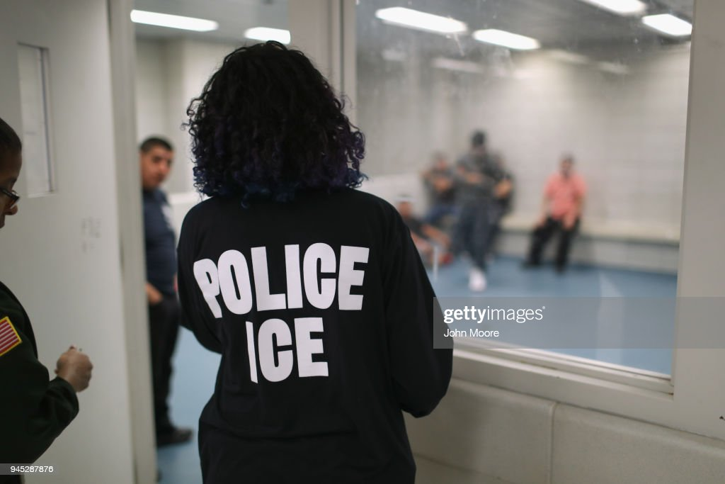 ICE Arrests Undocumented Immigrants In NYC : News Photo