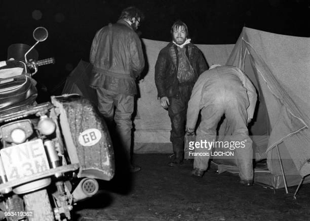 Une moto venue d'Angleterre au campement des motards du club 'Les Elephants' lors de leur rassemblement annuel près du circuit du Nürburgring en...