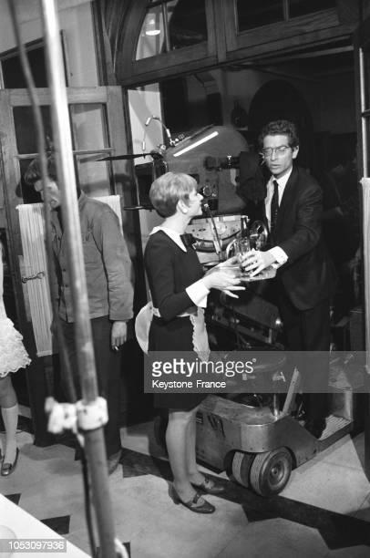 Une scène du film avec Annie Cordy et Darry Cowl en France en 1967