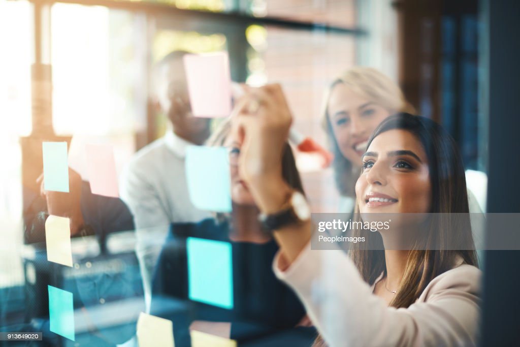 Unearthing brilliant new ideas for business : Stock Photo