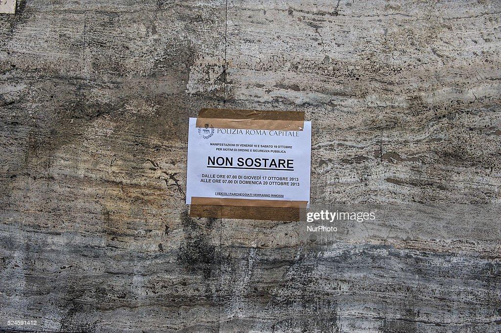 Strike in Rome : News Photo