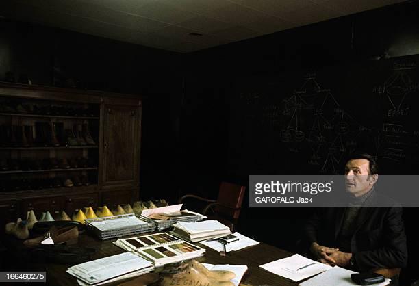 Unemployment In Autun In Saone Et Loire Autun octobre 1975 Chômage dans la ville un chef d'entreprise artisan bottier à son bureau parsemé de...