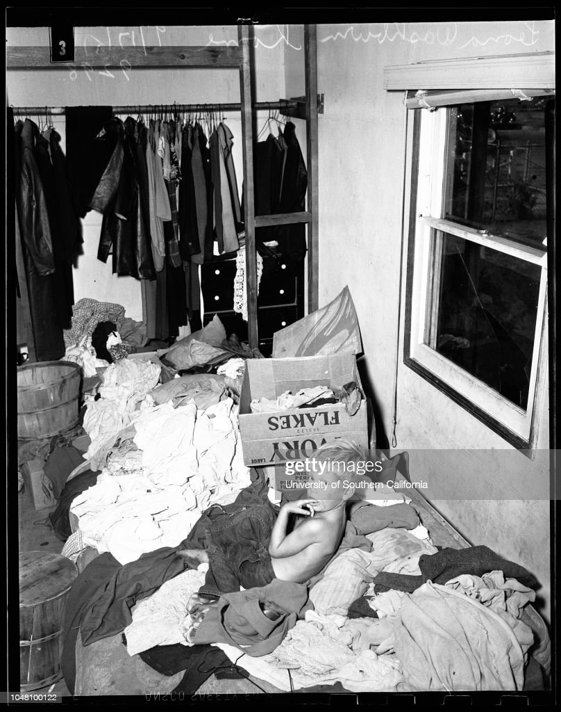 Unfit home for children, 1951 : News Photo