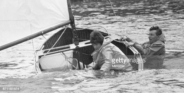 Unhappy ending for two competitors in the Easter Sailing Regatta at Teddington 20th April 1962