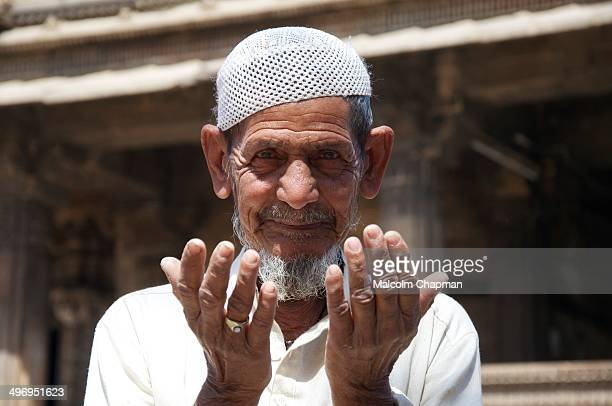 CONTENT] EDITORIAL Unidentified man prays at Dada Hari Ni Vav mosque on February 28 2012 in Ahmedabad India Ahmedabad has a large Muslim population...
