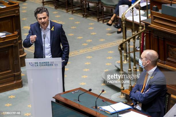 Unidentified person at the tribune during a plenary session of the Chamber at the Federal Parliament in Brussels, Thursday 21 October 2021. BELGA...