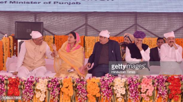 Union Cabinet Minister of Food Processing Harsimrat Kaur Badal PPCC President Sunil Jakhar Union Minister of Road Transport and Highways of India...