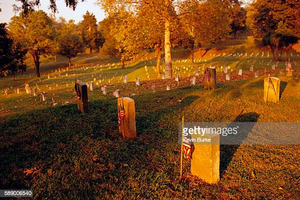 union cemetery at vicksburg battlefield - vicksburg_national_military_park stock pictures, royalty-free photos & images