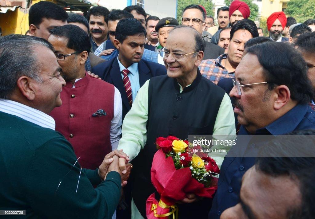 Union Finance Minister Arun Jaitley being welcomed by members of Dushehra committee Amritsar North with Rajya Sabha member Shwait Malik at Radha...