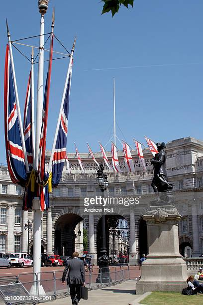 union jack flags on mall and traffic - andrew jack stock pictures, royalty-free photos & images