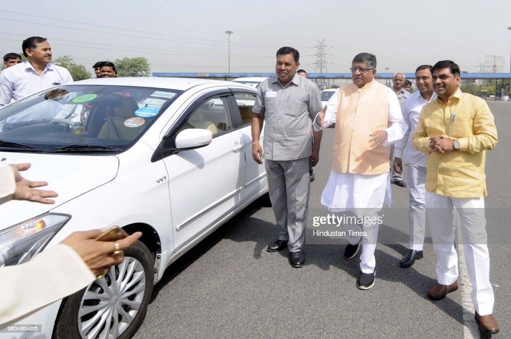 Union Ministers Mahesh Sharma And Ravi Shankar Prasad Visit Noida