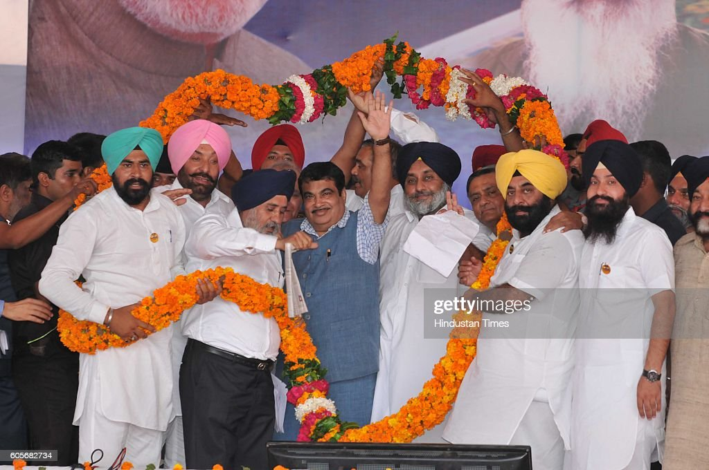 Union Minister Nitin Gadkari and Punjab Deputy CM Sukhbir Singh Badal at village Partapura on the outskirts of Jalandhar after inaugurating the...